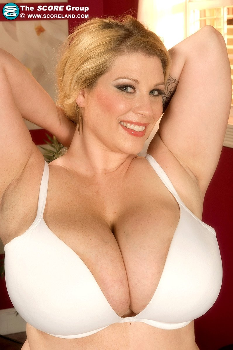 tumblr big mature boobs