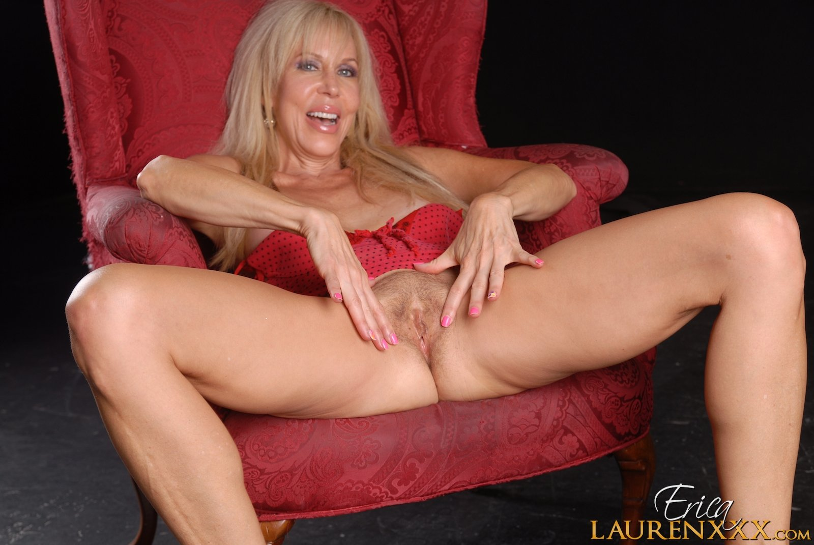 Pictures naked mature women #8