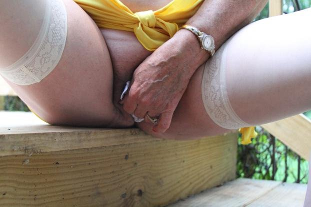 Old granny giving handjob #10