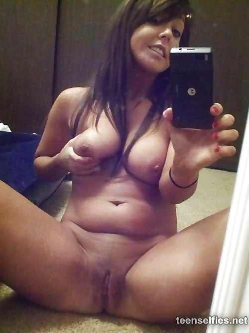 amateur milf nude pictures add photo