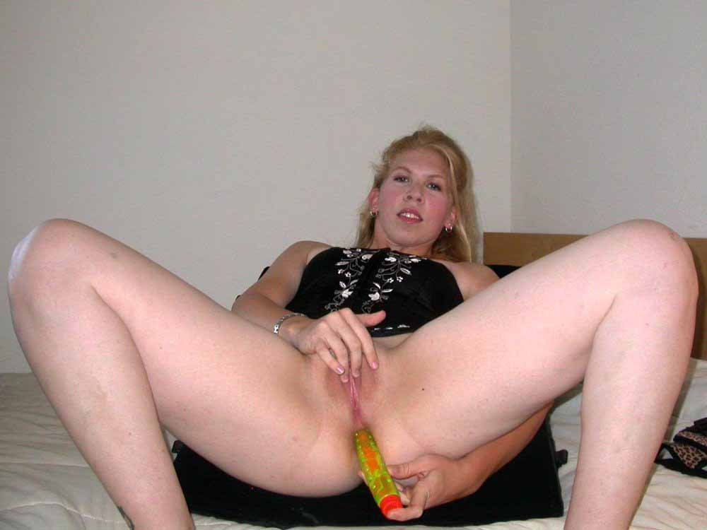 Amateur screaming cuckold tube