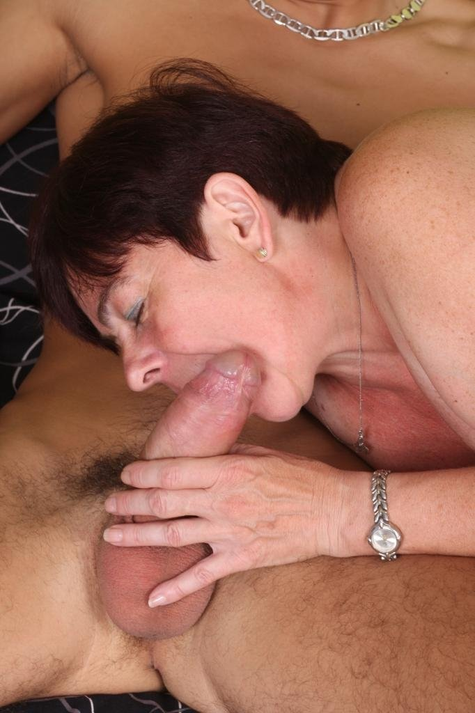 Black lady and white man sex #1