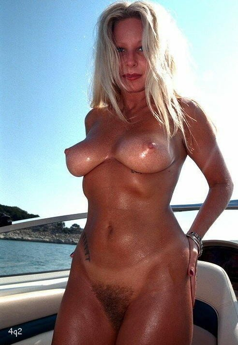 Aralar    reccomend slim and busty videos