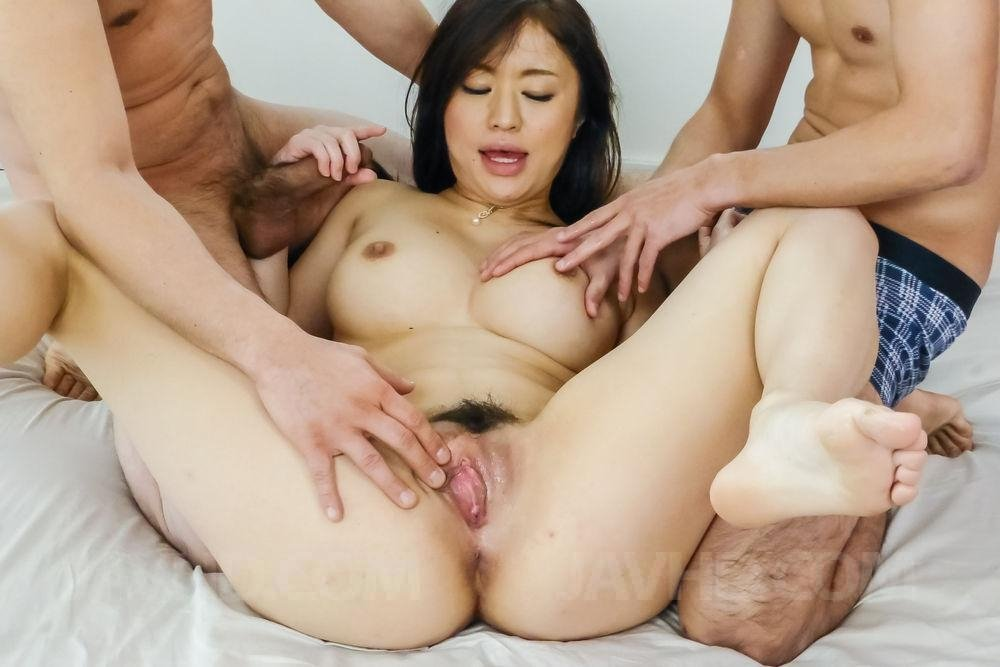 hot nude asian milfs there