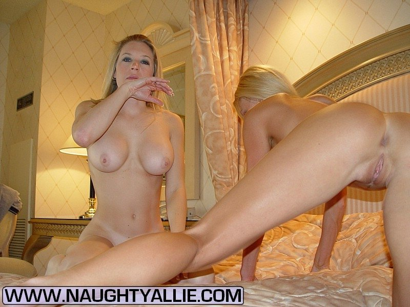 Natural busty naked August aem family strokes