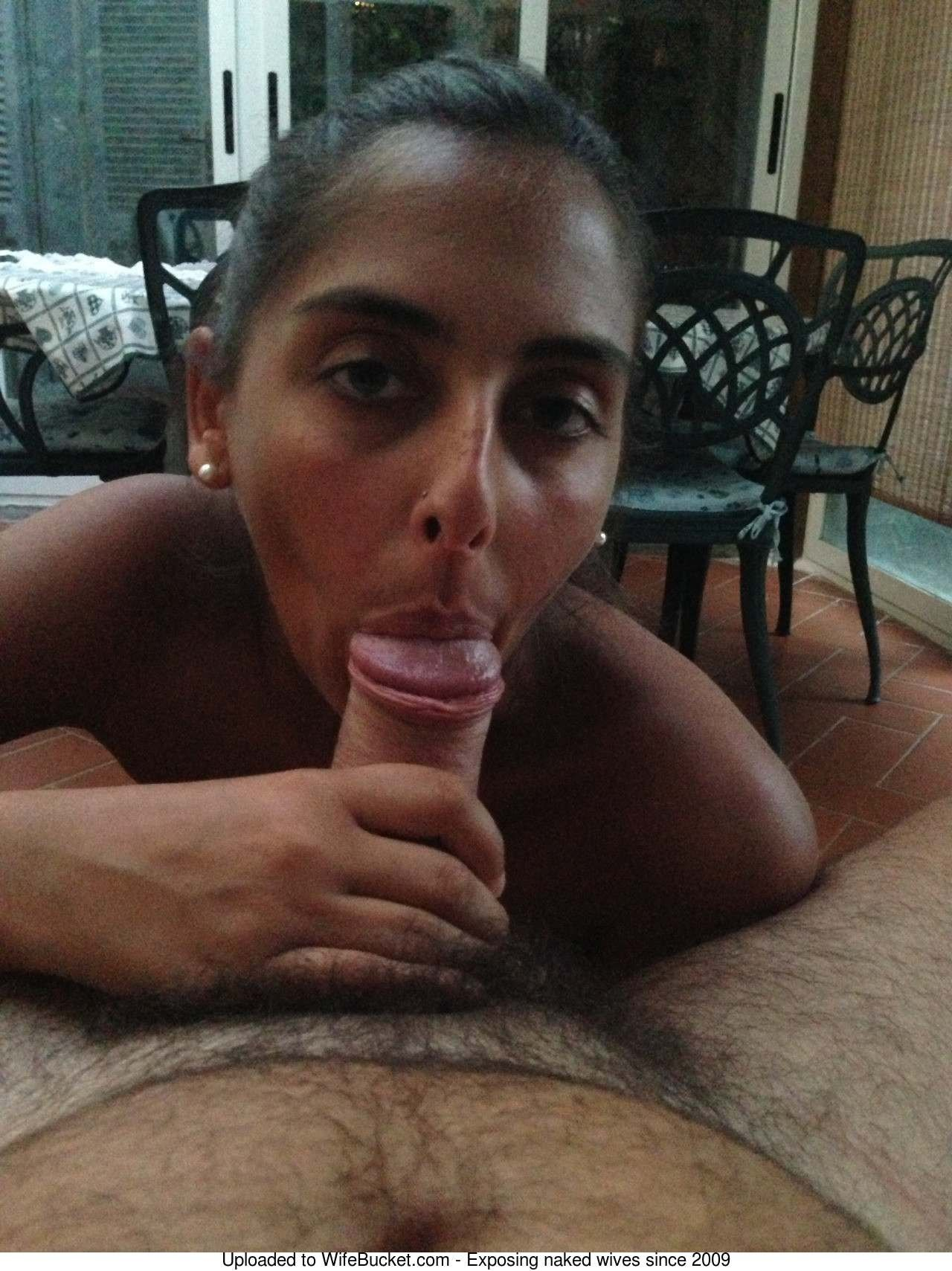 Wife peeing mouth