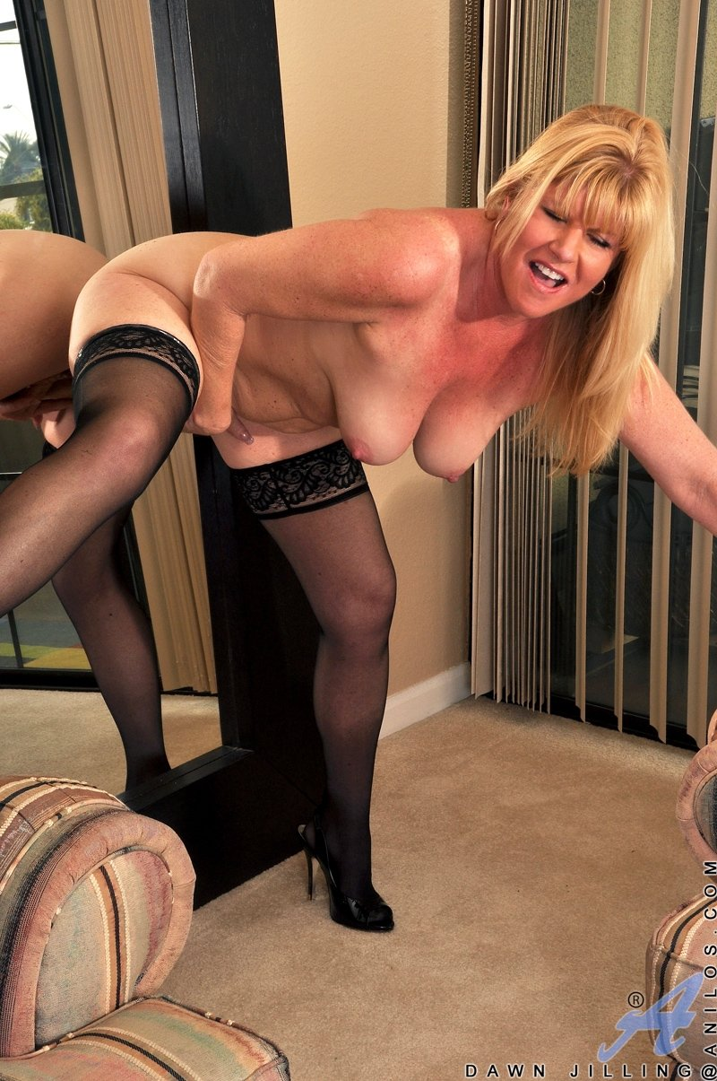 anal sex mature mom there