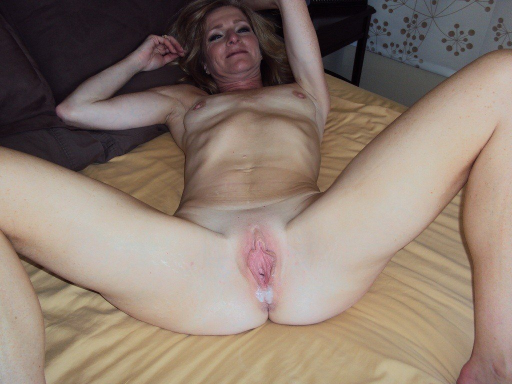 hanging tits galleries Mature