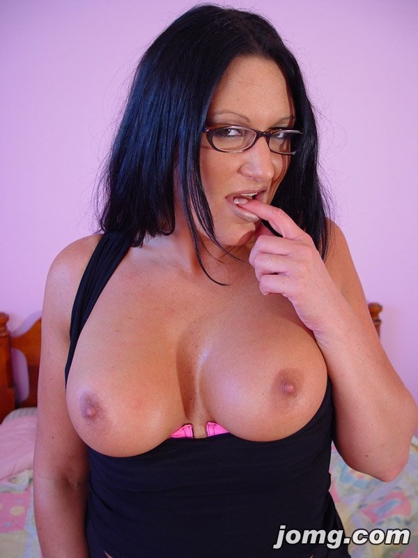 Get creampie by nephew homemade holly michaels pegging