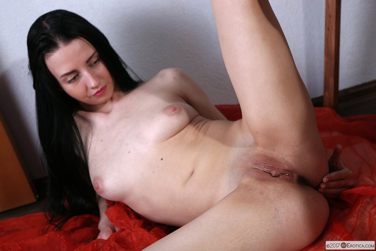 (sam summers) Alone Horny Girl Play Using Sex Stuffs movie-19