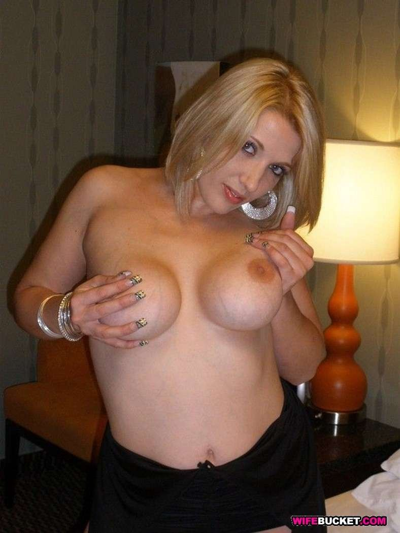 wife gave blowjob