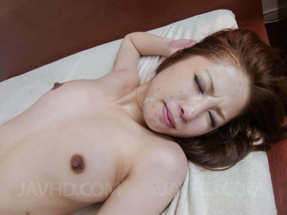Kigalkree    reccomend solo busty milf