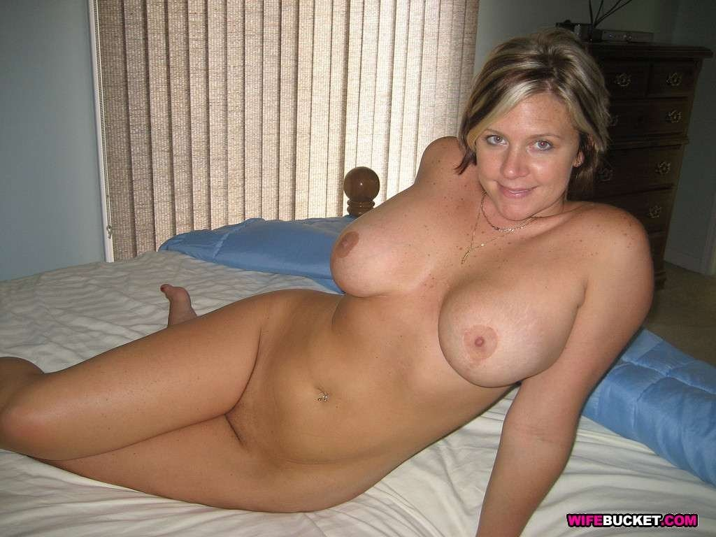 Shot hips nude milf wide self curvy