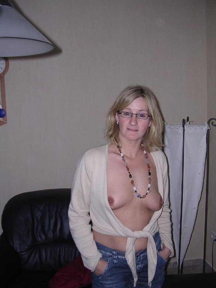 Homeade nude photos Teenie porn free