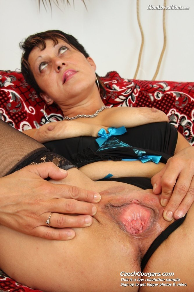 best of young and mature lesbian tube