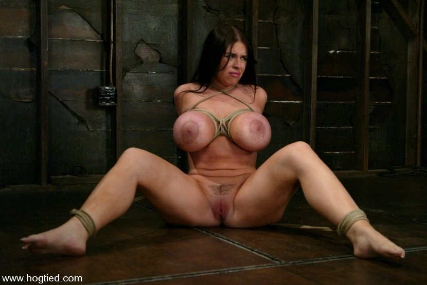 gorgeous milf big tits add photo