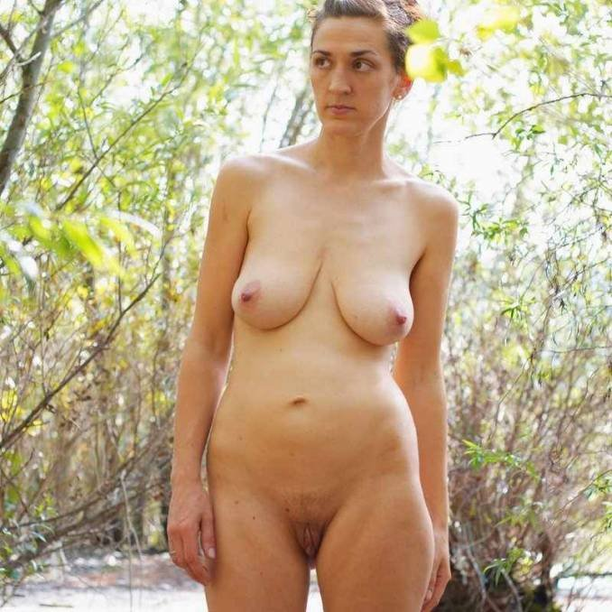 Arben reccomended free live nude porn
