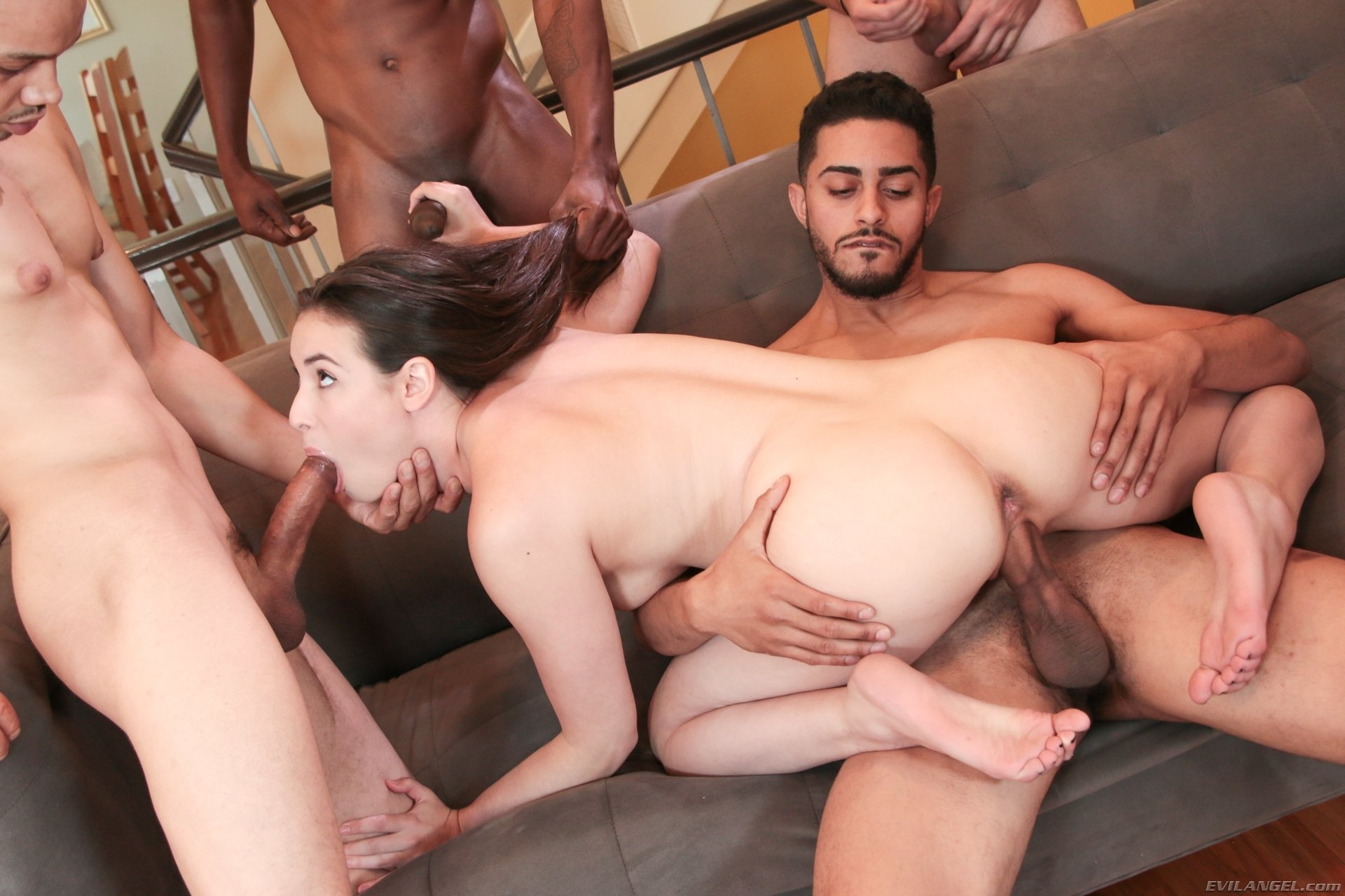 Moogushicage    reccomend analsexvideos