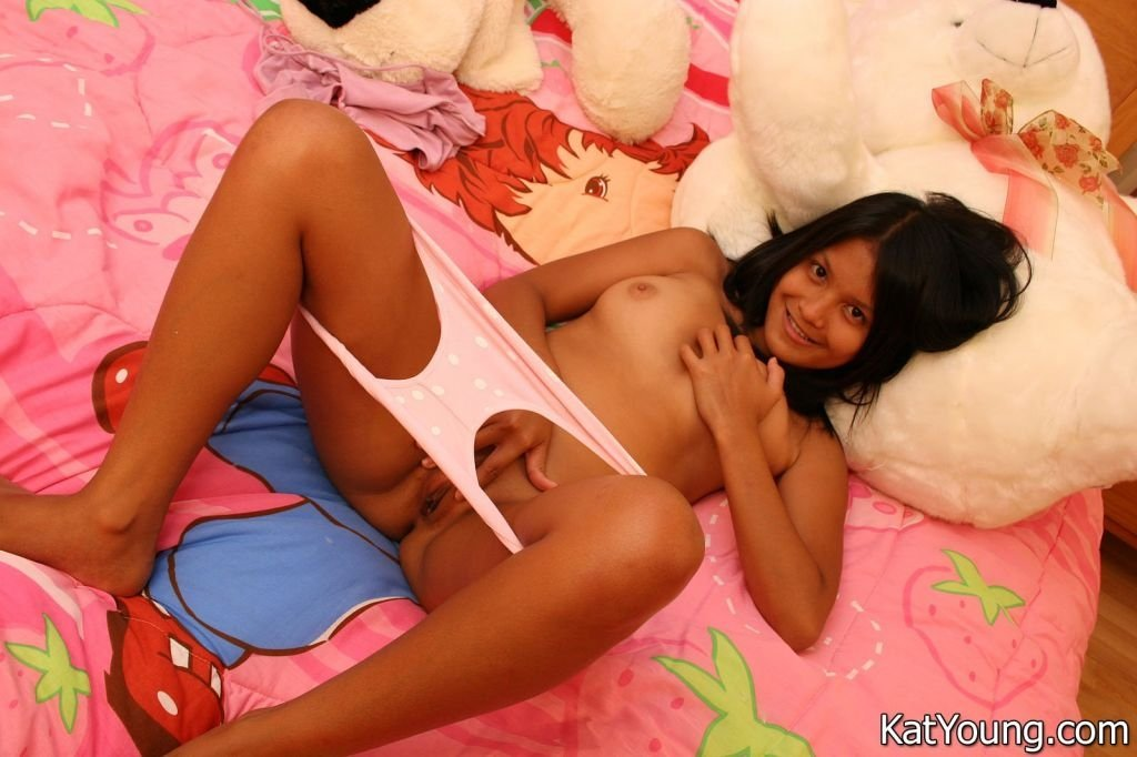 russian mature and girl add photo