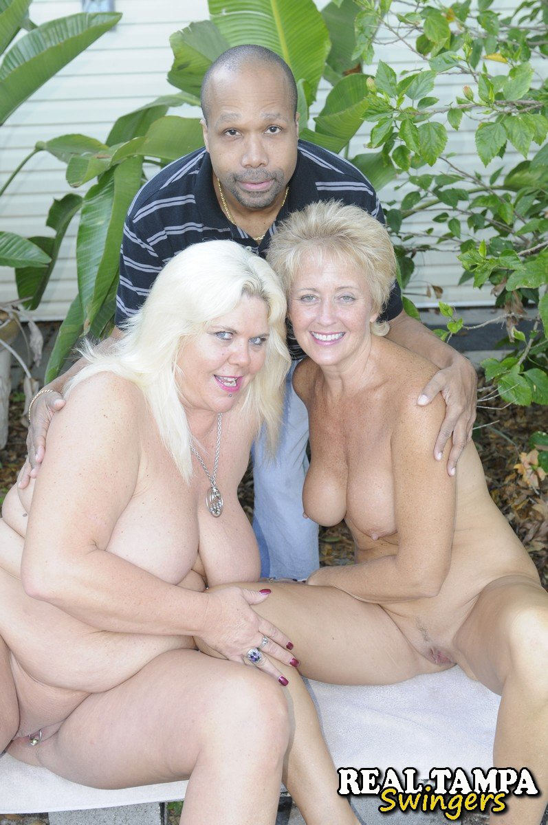 black girl threesome with white guys
