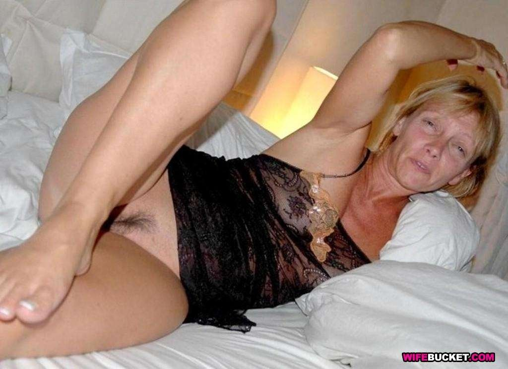 milf mature hot there