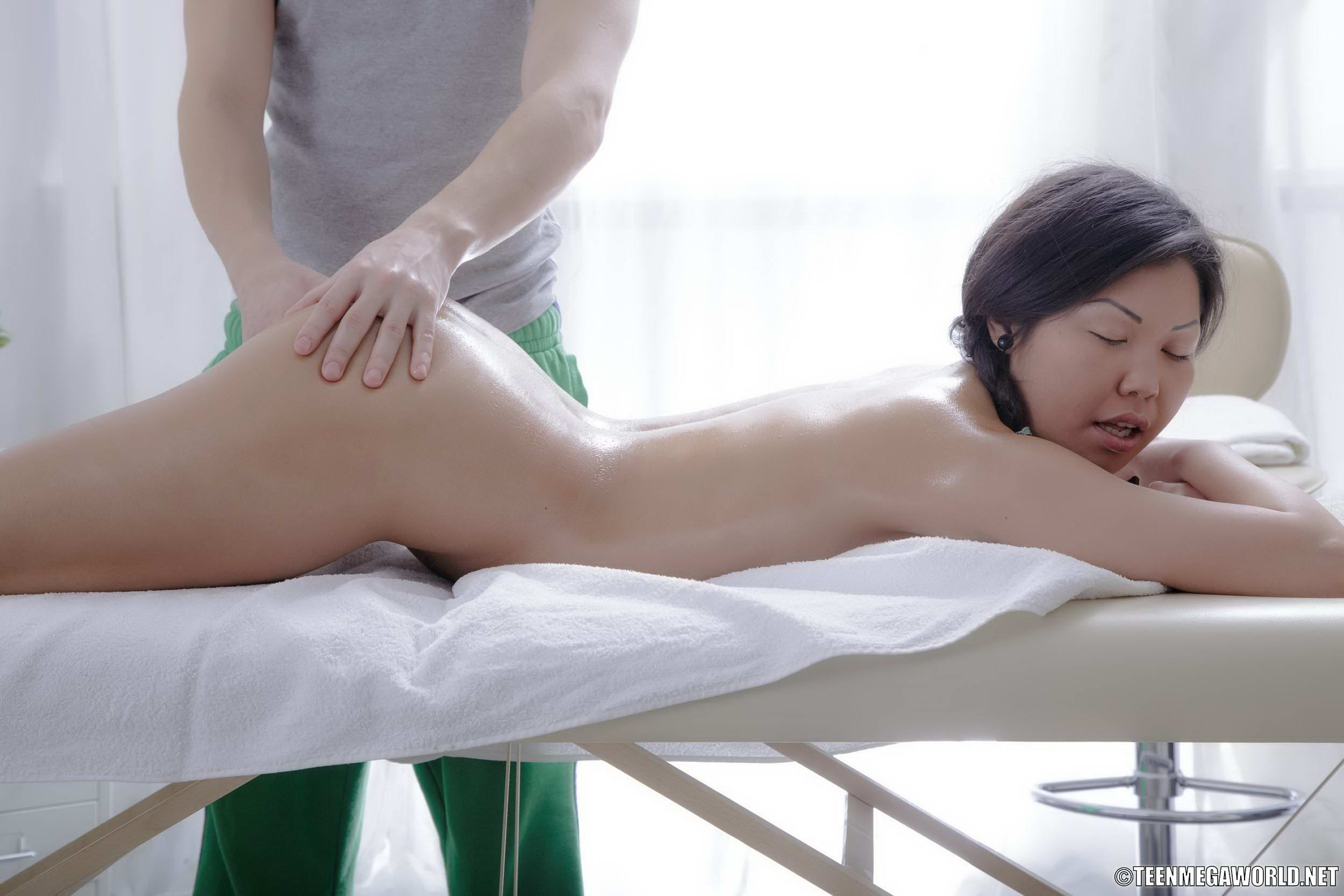 Painfully penitrated asian massage gallery free men naked penis