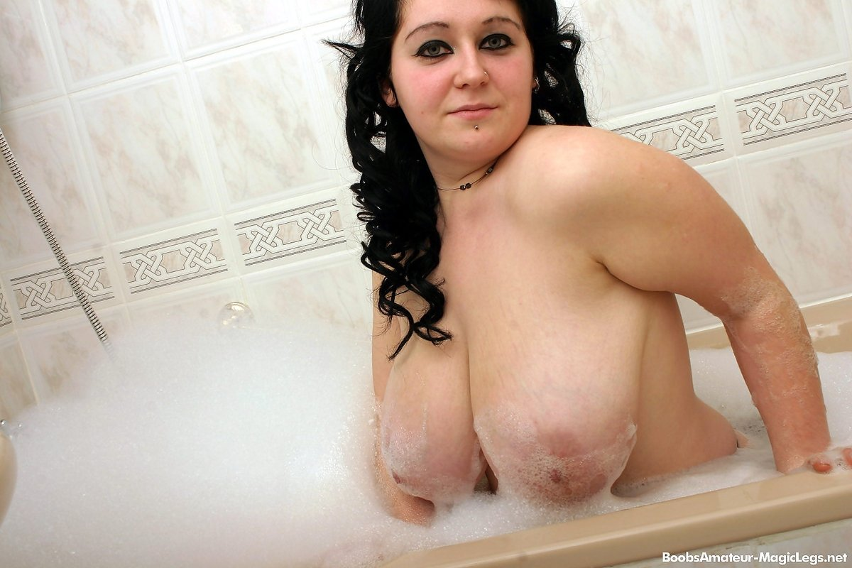 Dadal    reccomend big boobs bouncing xxx
