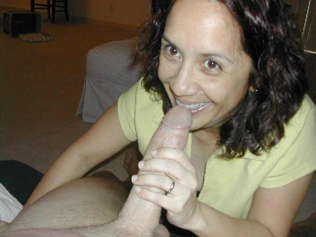 Big wife bbc Housewives fucking neighbor