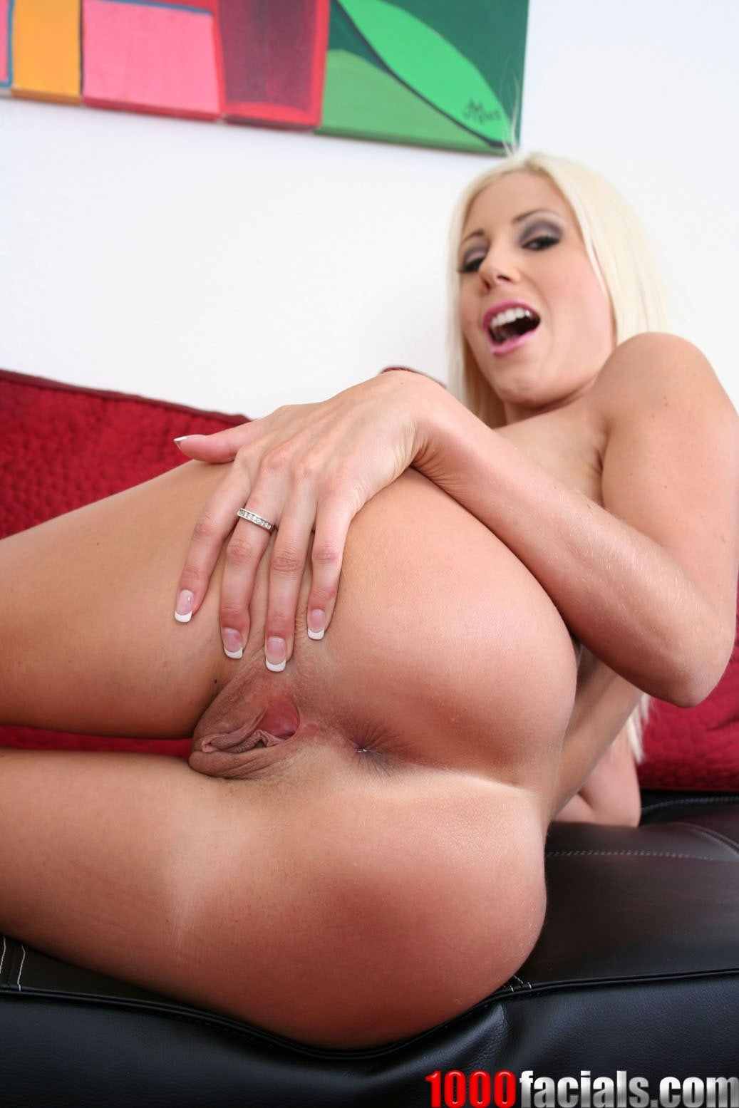 Hd milf pictures #1