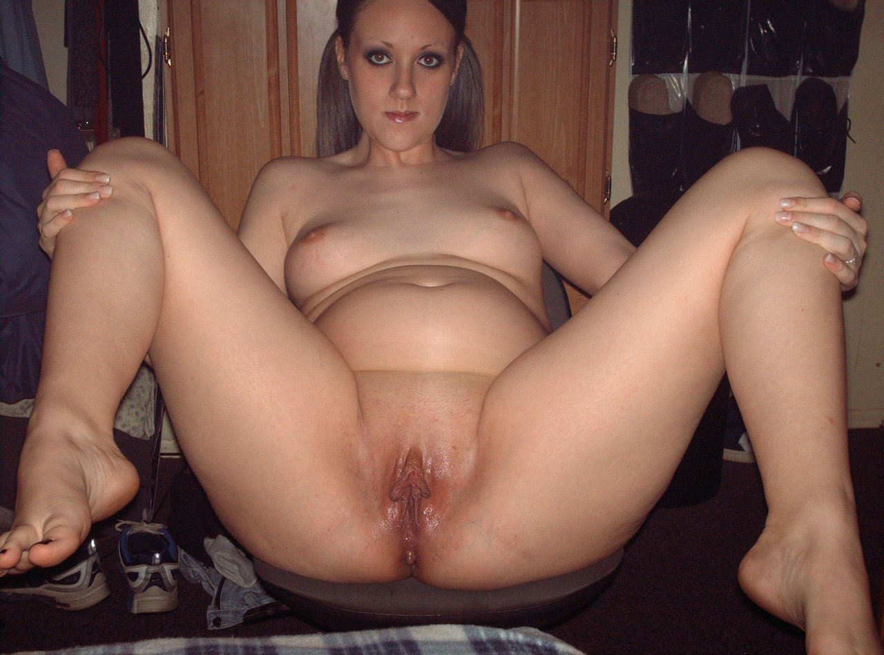 awesome homemade amateur pussy spread gallery 28/28
