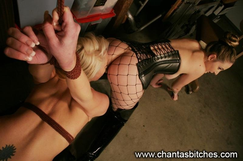 Mother insisting son tonfuck Pretty blonde in the green 1