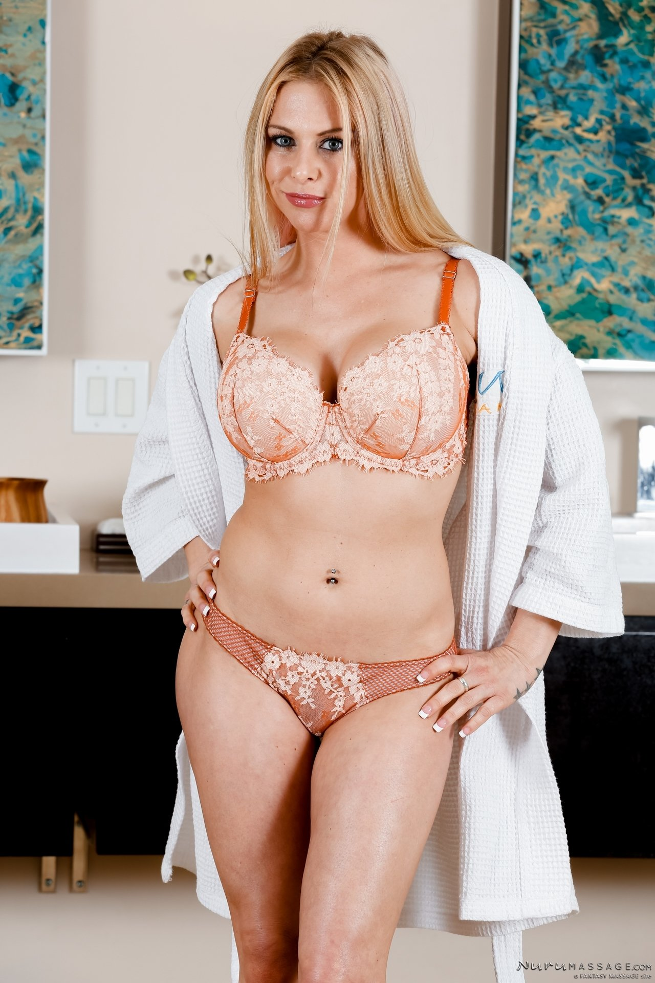 ADULT TIME Cardiogasm - Cherie DeVille Helps You Get Shredded