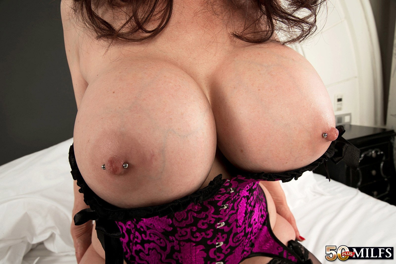 milf latina mature