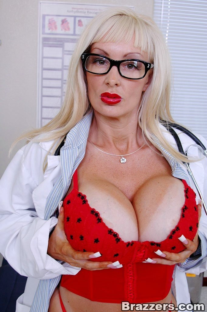 Teen busty women with doctors naked