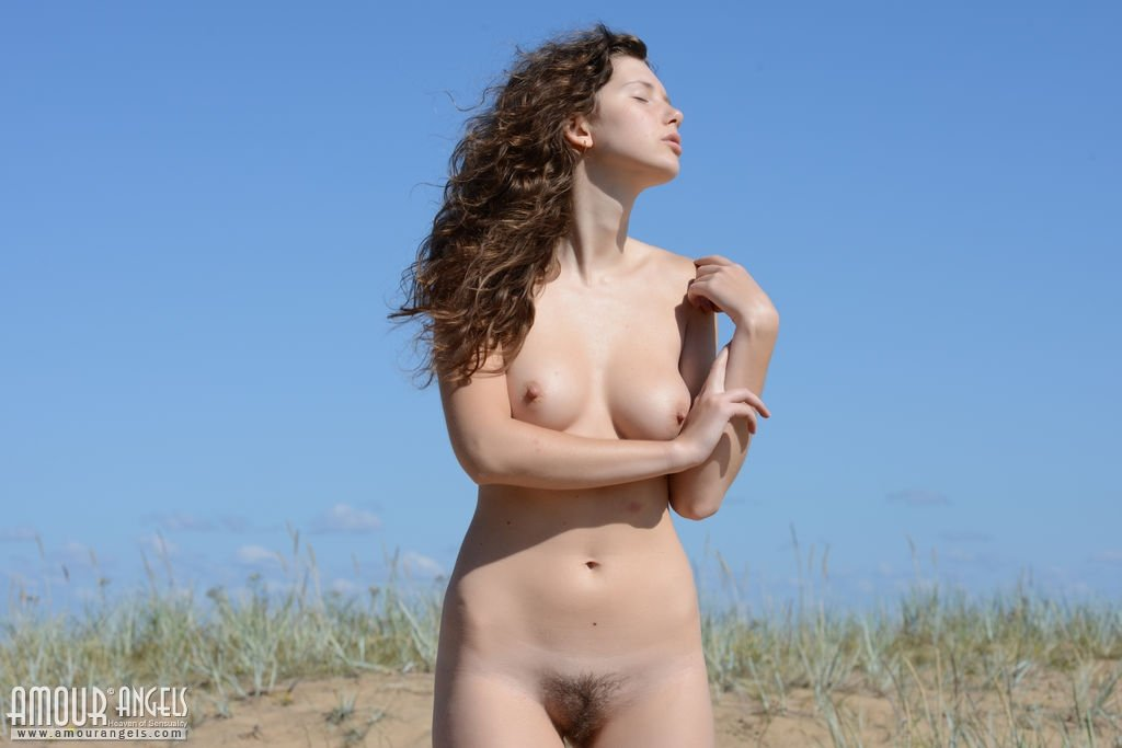 Amateur photos of naked women