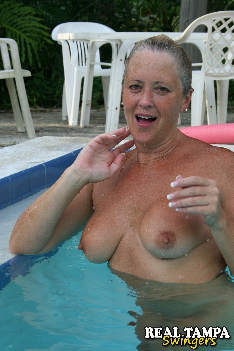Mom son drink sex Free naked family photos Cum flash on butt