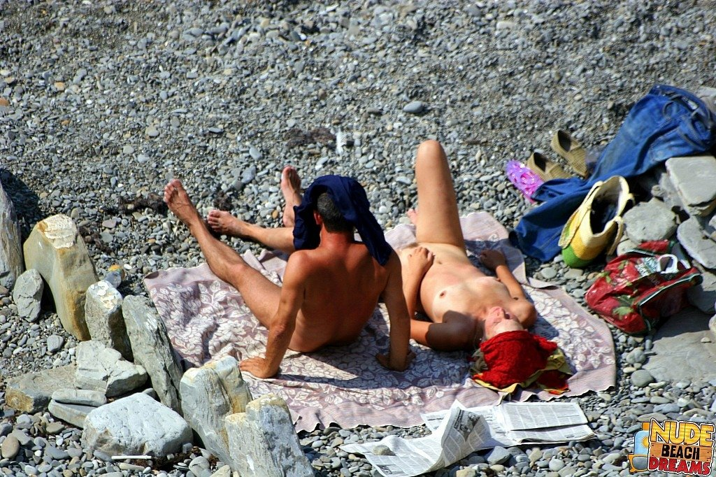 sex nude on beach