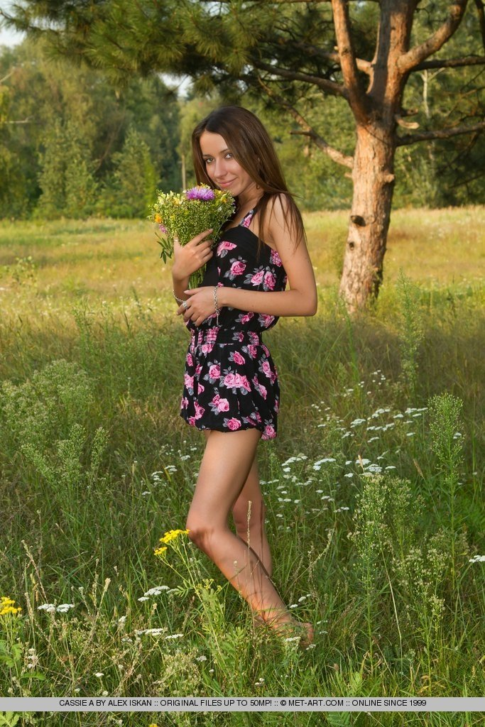 Free hairy young amateur pictures suction dildo amazon