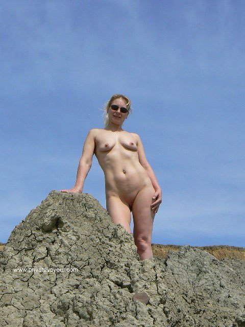 naked mature fit women