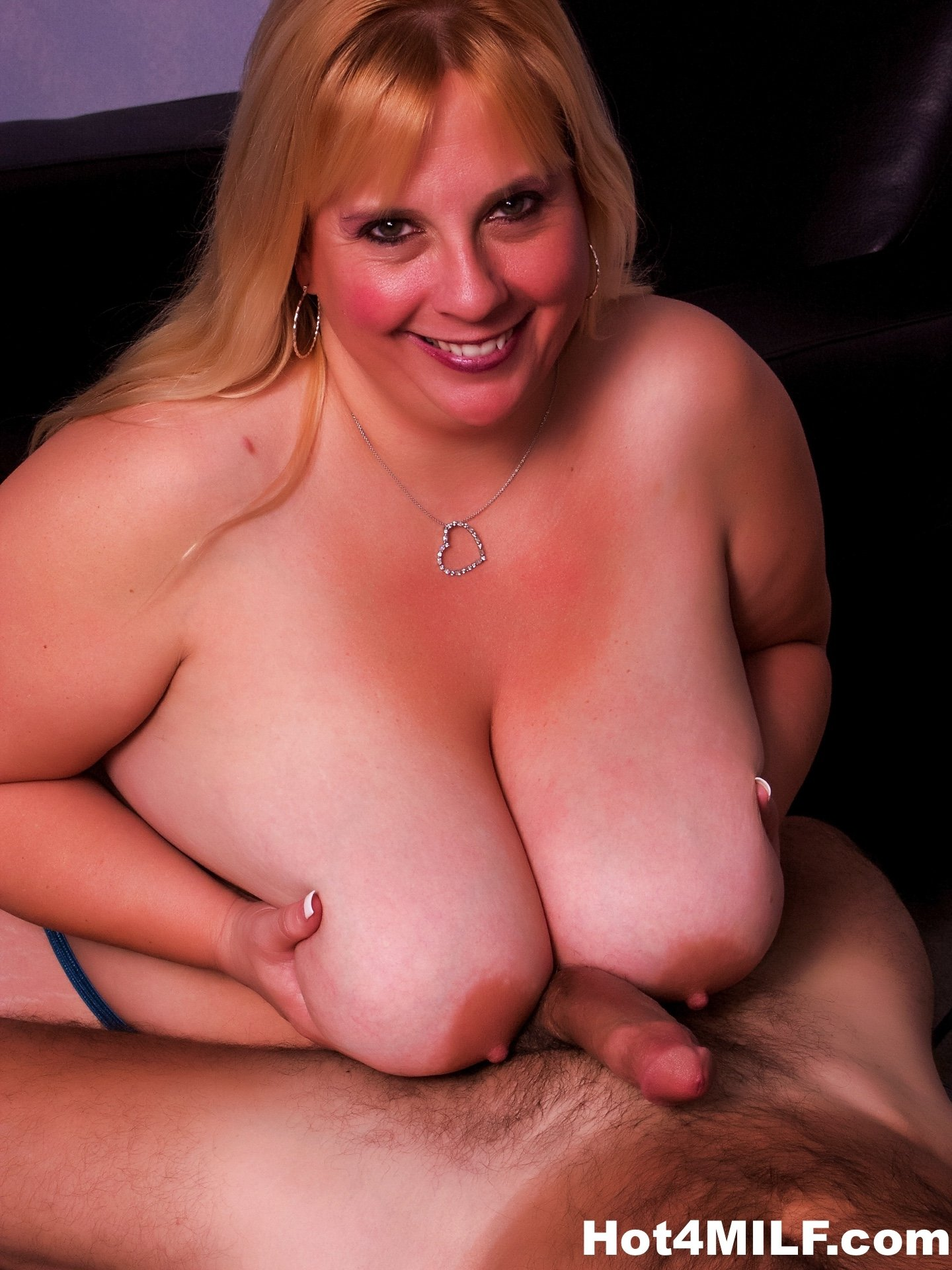 Thick ugly milf Husband off penis pull woman