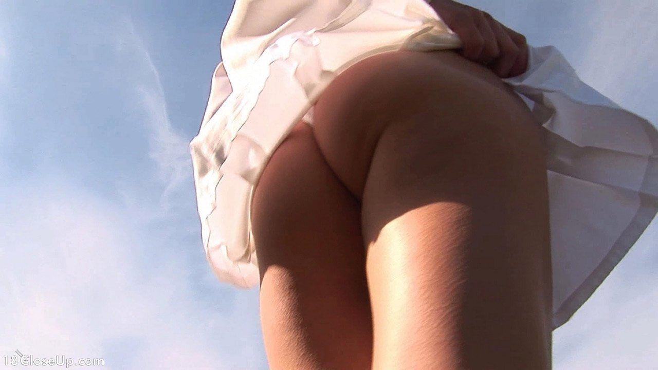 pissing pussy zoom up FREE pissing shaved masturbation close up on pussy close up on ass outdoor  upskirt panties blonde solo Pictures (780221)