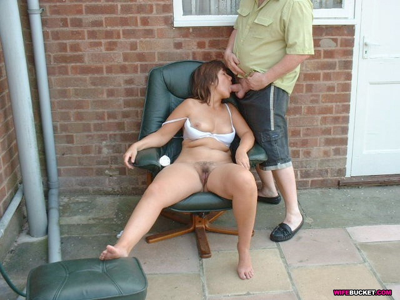 Fuck behind husband blind