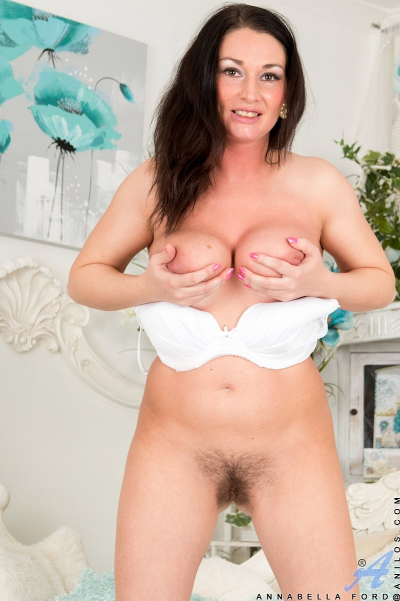 Sexy housewives pictures members