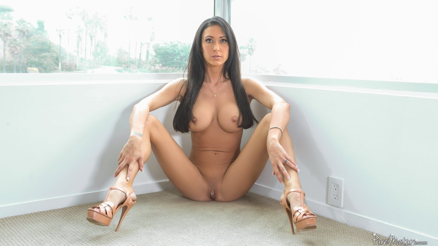 Amateur fucked on a table