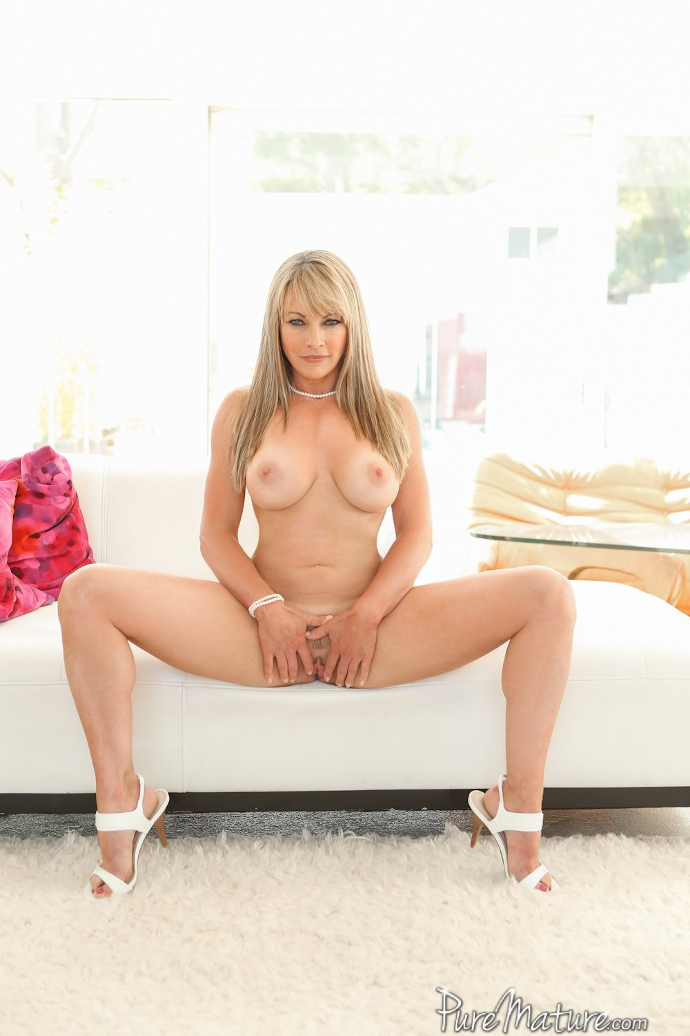 Mature cougar homemade #1