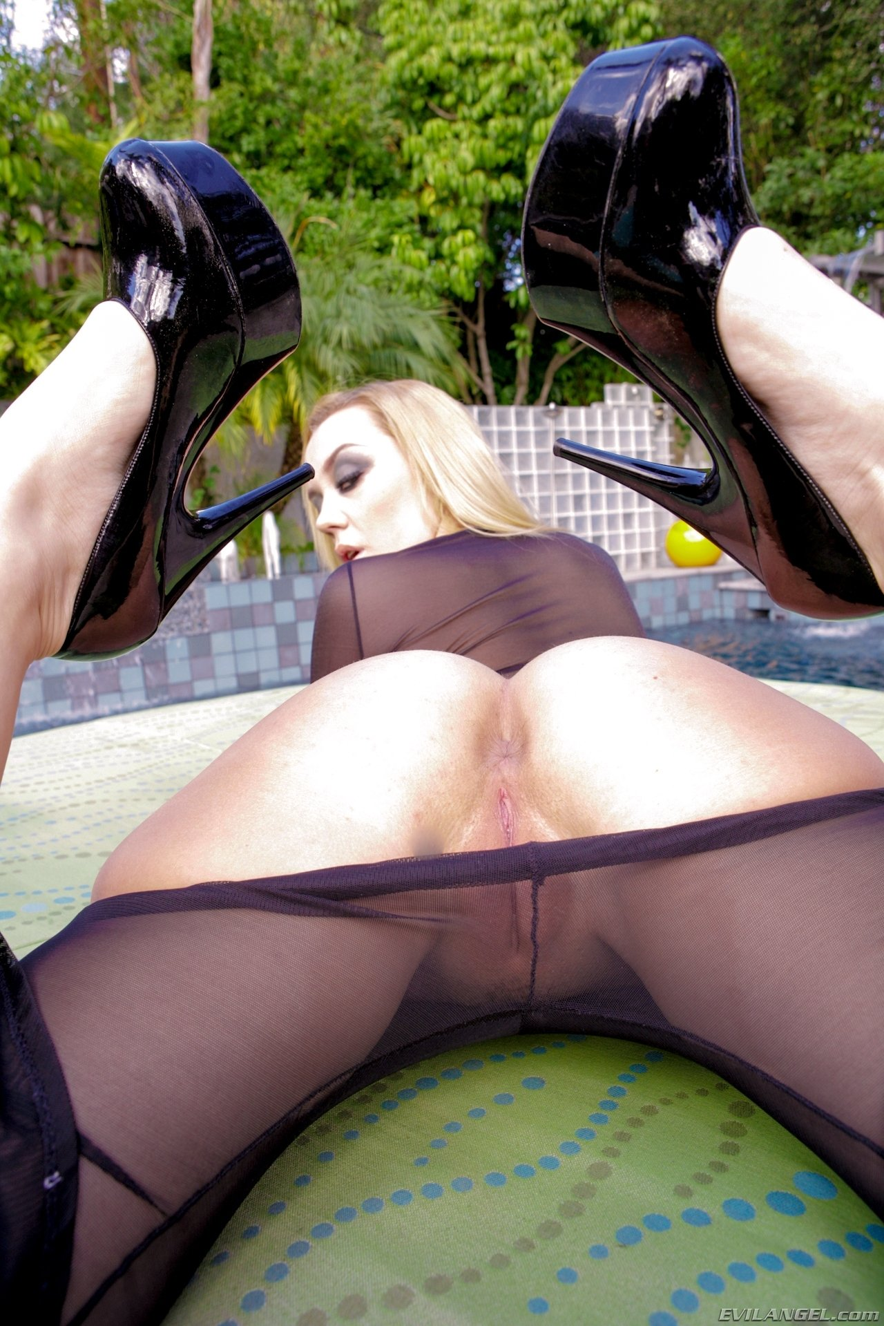 Riding the wife brazzers #1