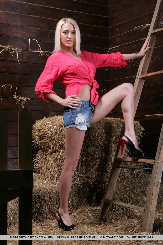 Our swingers party gallery Chely wright nude