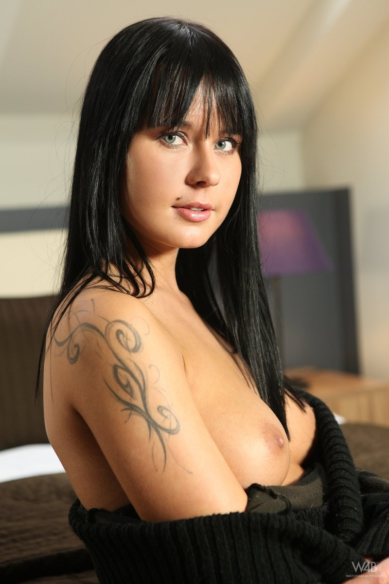 Sinful babe in enjoyable sex