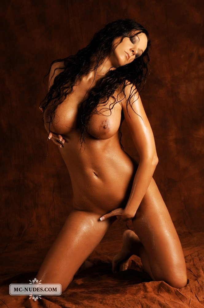 sexy black naked chicks