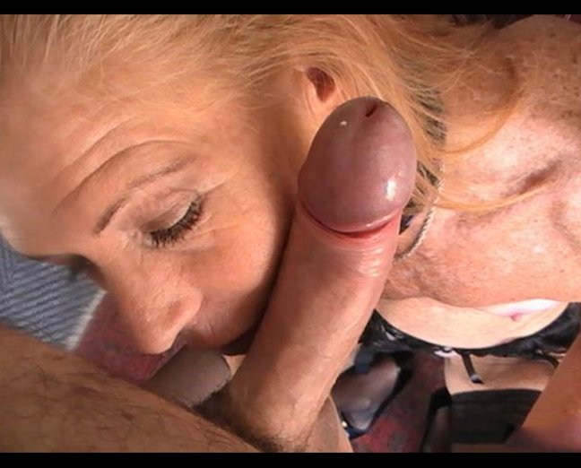 free threesome creampie